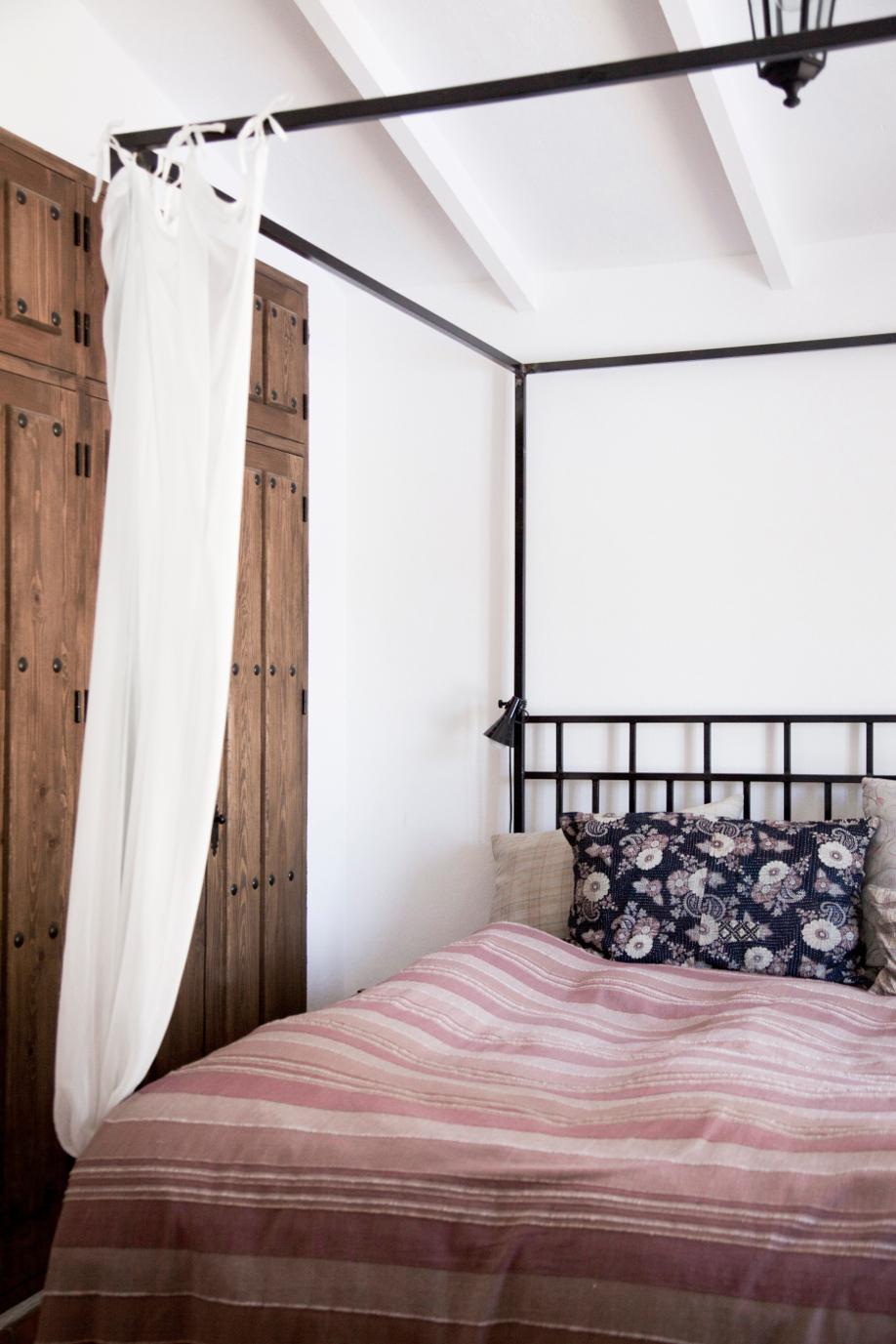 Arredare la casa in stile spagnolo westwing magazine - Camera da letto in spagnolo ...