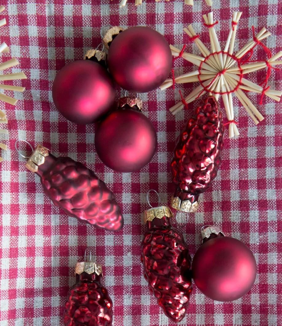Decorare-l-albero-di-natale-con-personalita, Decorazioni, Casa, Natale, Decorazioni-natalizie, Come-addobbare