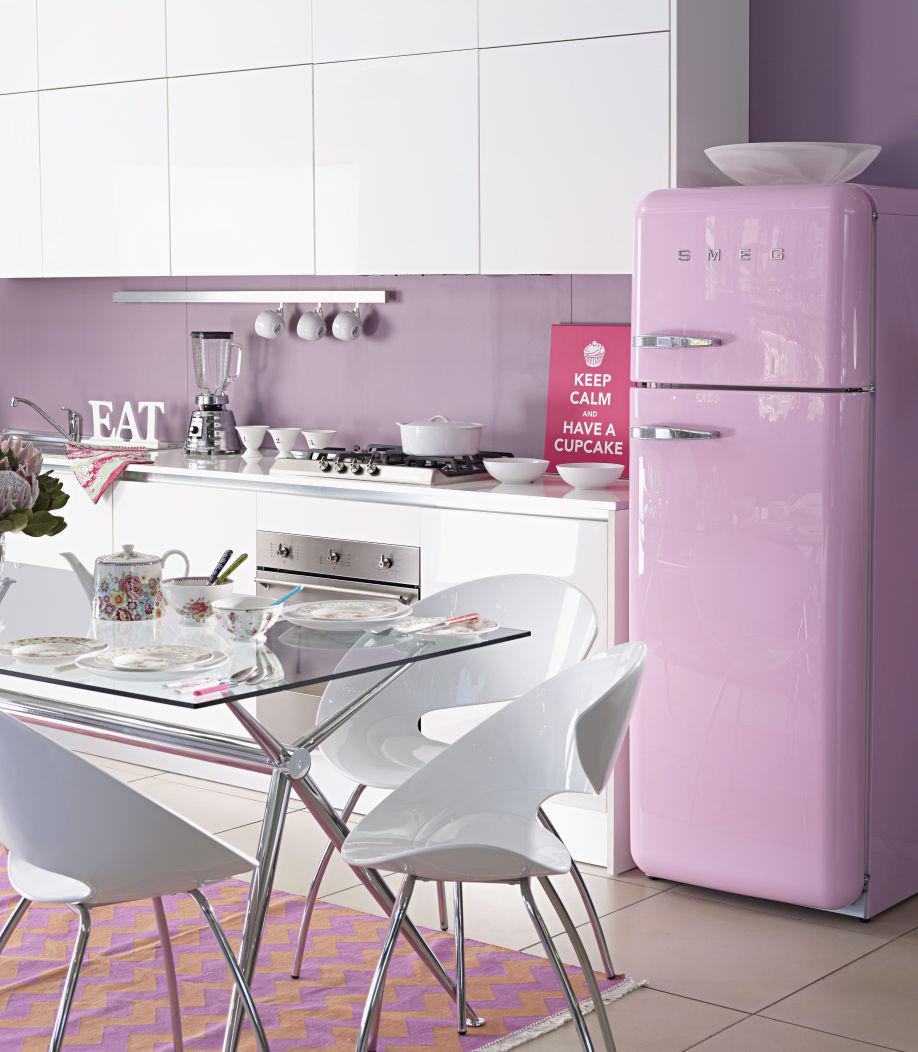 Una casa a colori trend arredamento westwing magazine for Dalani arredamento
