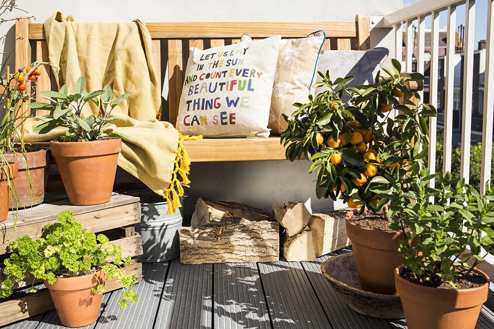 5 idee per decorare il balcone di casa westwing magazine for Arredamento per terrazzo piccolo