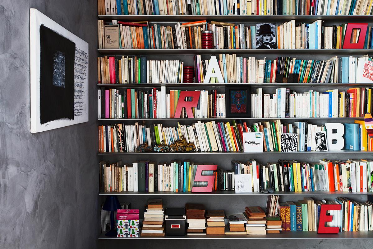 Lettering arredare con lettere e numeri westwing magazine for Libreria dalani