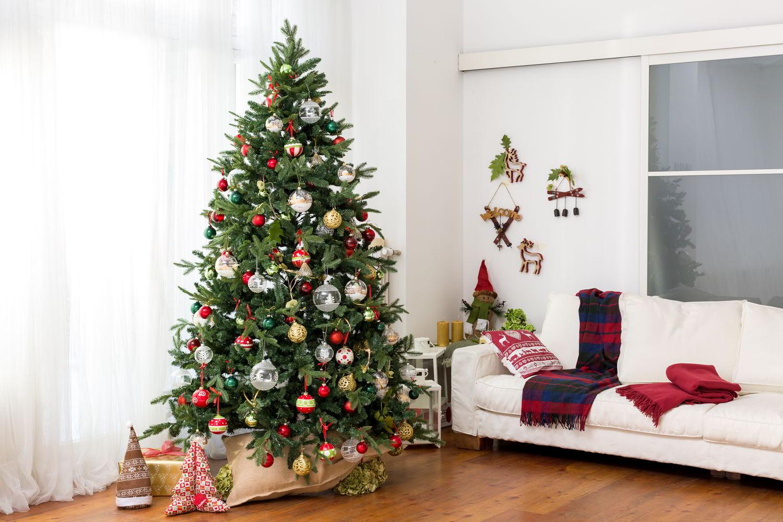 L 39 albero di natale classico glam funny westwing for Albero natale conforama