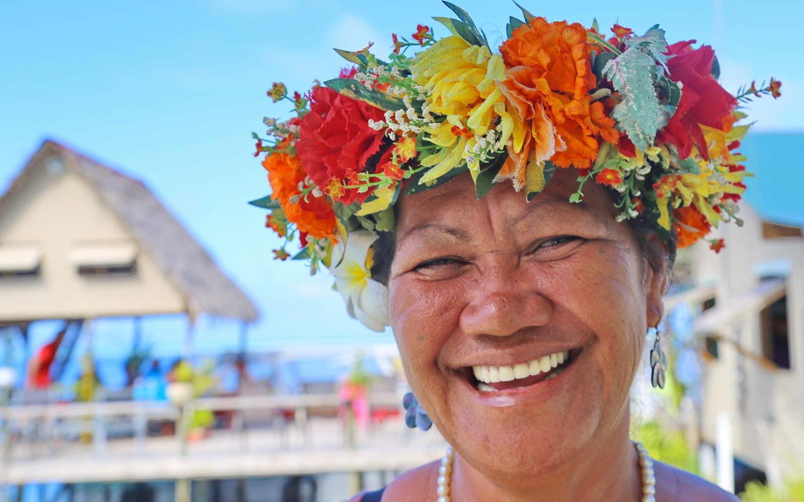 Il sorriso contagioso della popolazione locale delle isole polinesiane.