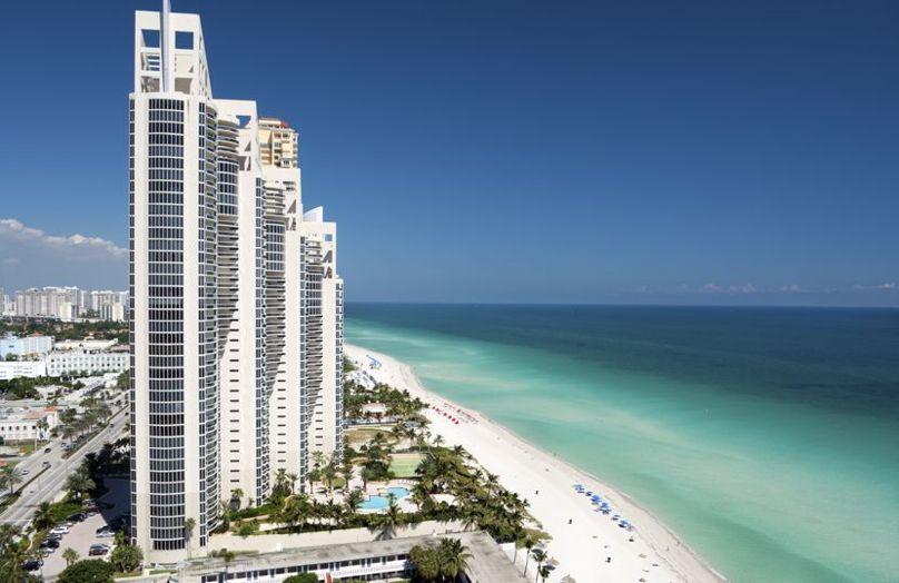 Miami Fluo - Trend, icone, stile