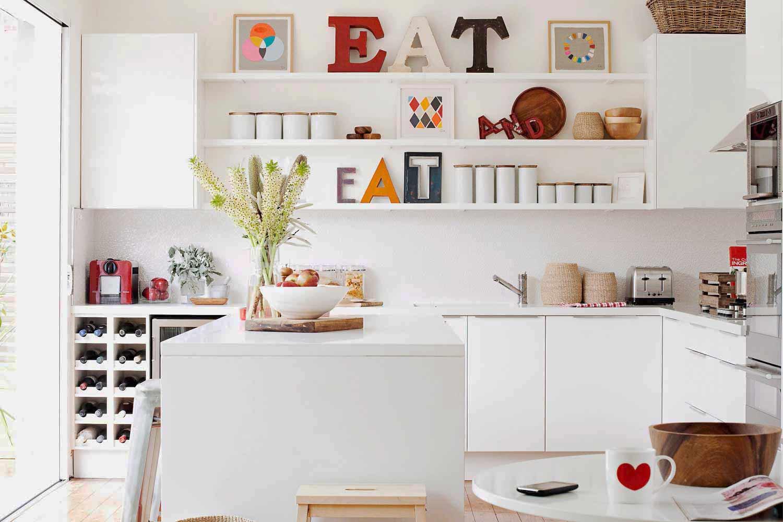 come organizzare la cucina consigli idee pratiche