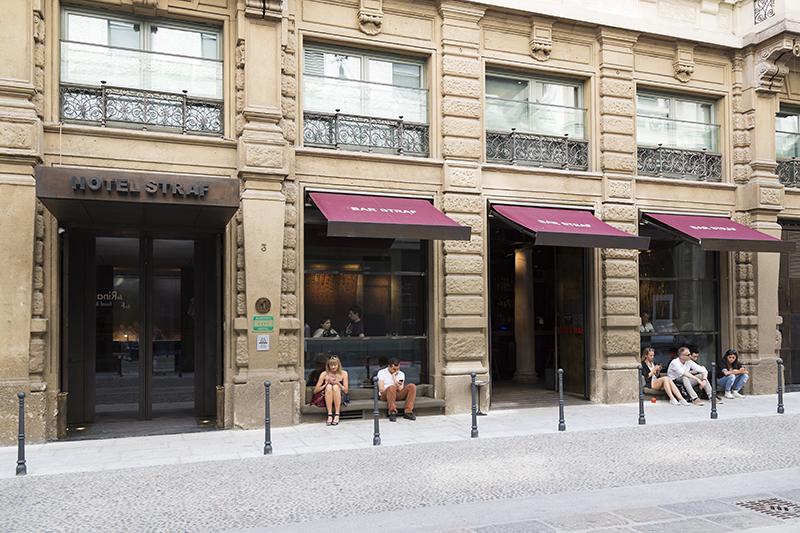 Hotel_Bar_STRAF-1