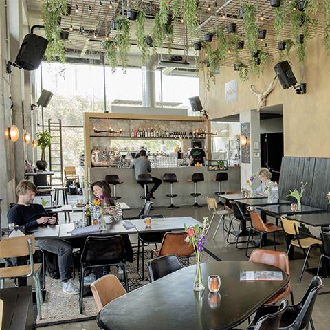 Grand-café Maslow - De huiskamer van het Science Park