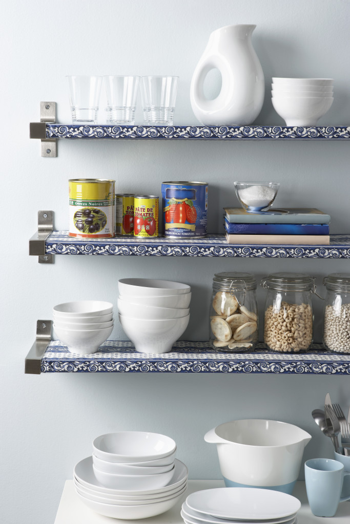 16 Mar 2010 --- Kitchen Shelves --- Image by © Michael Alberstat/Masterfile/Corbis