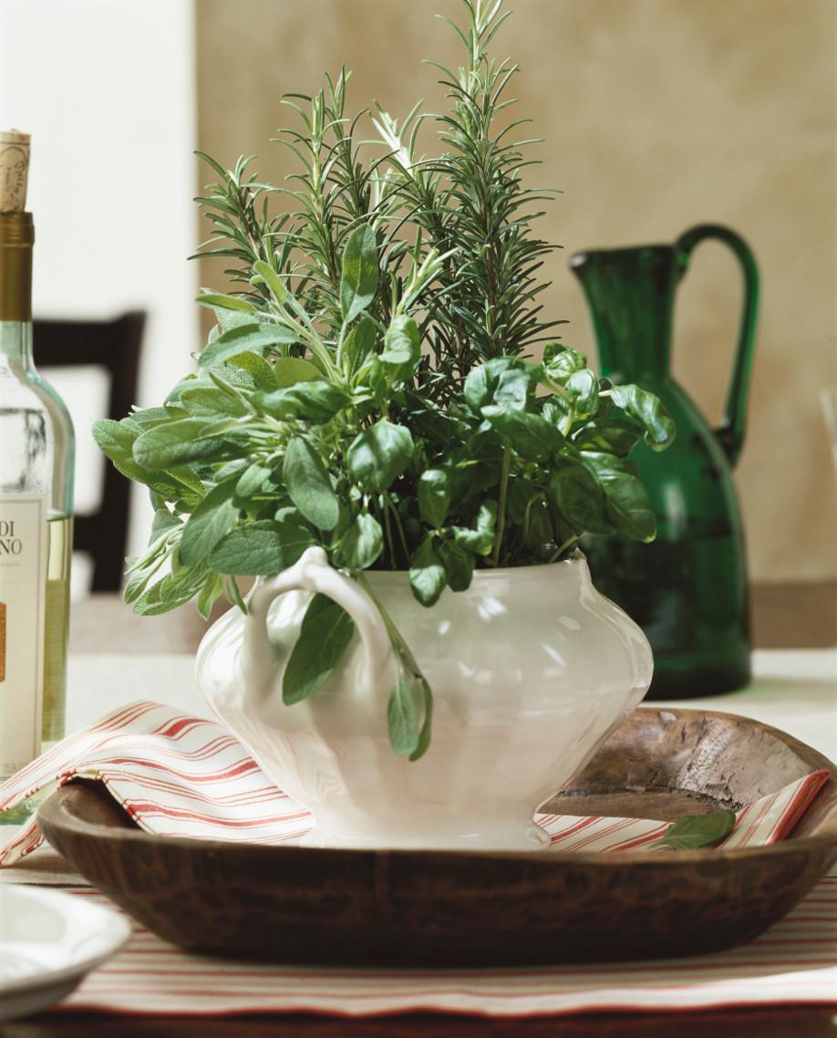 Keuken-in-Toscaanse-stijl-kruiden-Westwing
