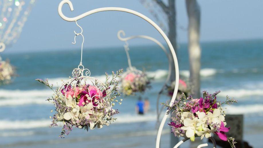 decoratie bruiloft boeket op hanger
