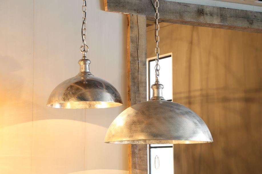 industriële lampen metalen hanglampen houten afwerking