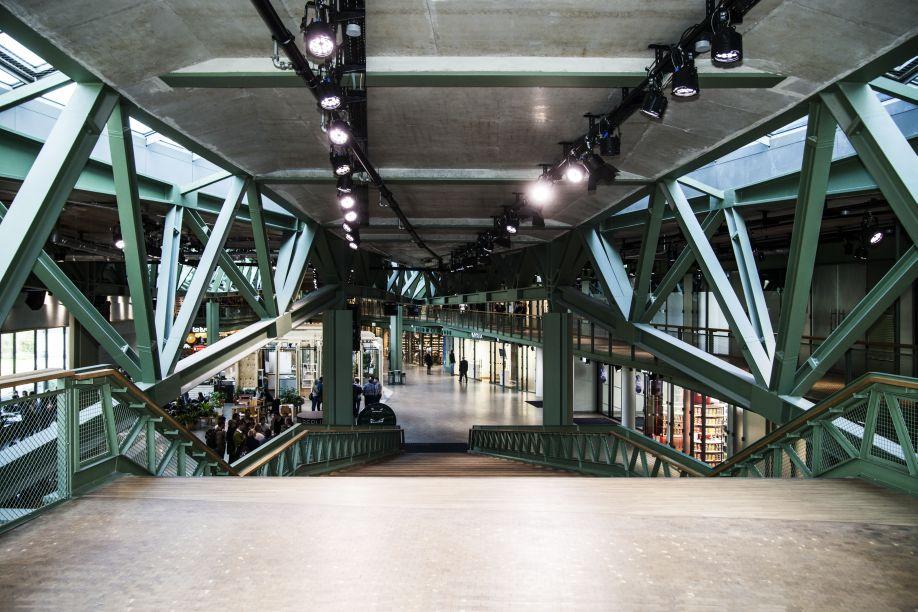 Westwing-ConceptStores-InBerlijn-Bikini-front