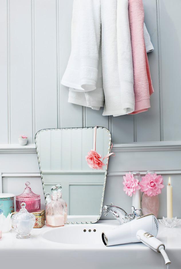 Romantyczne dodatki w łazience