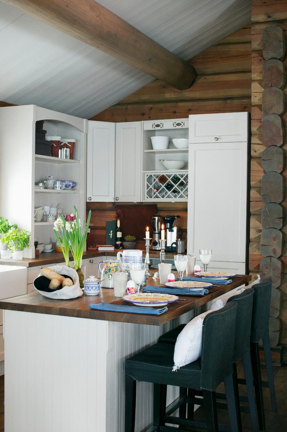 mała kuchnia na poddaszu
