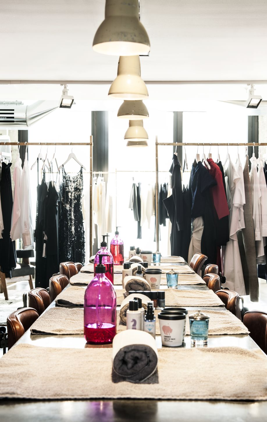 Westwing-Concept-Stores-Berlin-TheStore-table