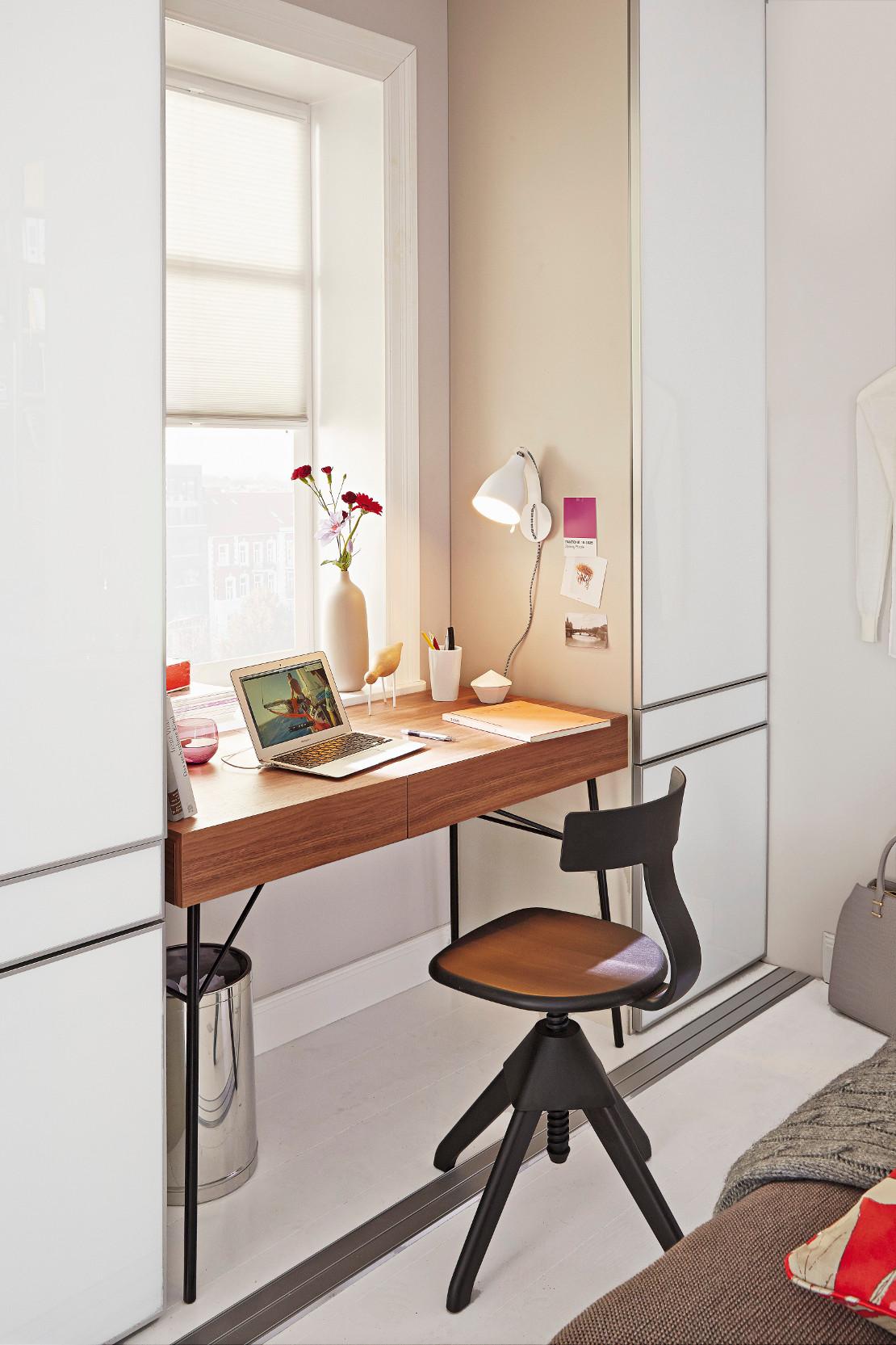 domowe-biuro-toaletka