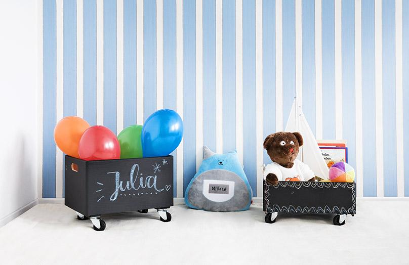 DIY: Tablicowe pudełko na zabawki