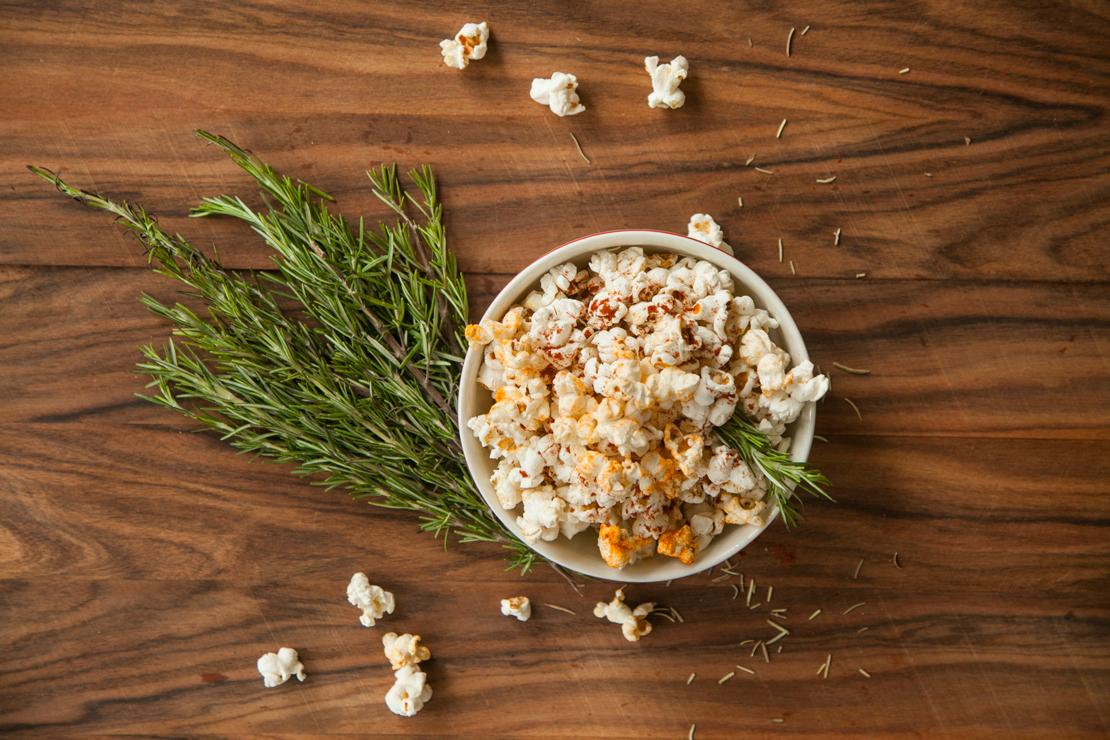 popcorn z rozmarynem przepis