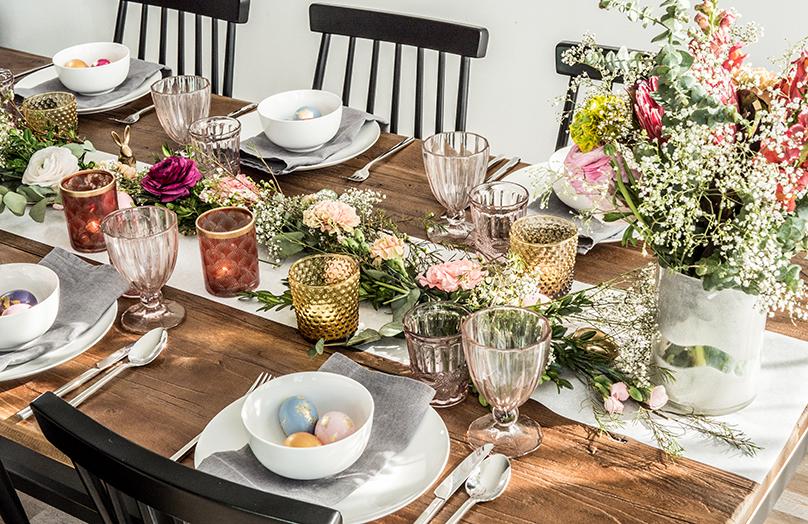 Romantyczny stół na Wielkanoc: inspiracje boho